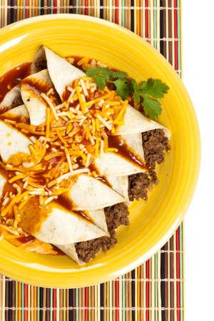ビーフ エンチラーダ、伝統的なメキシコ料理