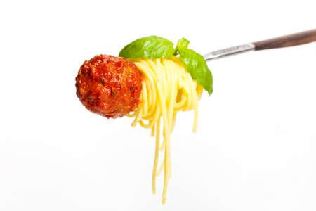 ミートボール スパゲッティとフォークのバジル