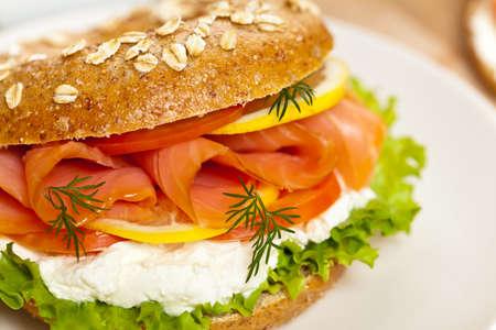 Cream cheese and smoked salmon bagel  Selective focus  Standard-Bild