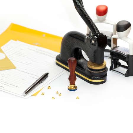 公証人点字印刷、スタンプ、ホッチキス ・ パンチ