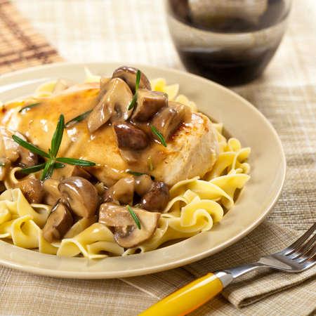 Chicken Marsala dinner. Selective focus. Standard-Bild