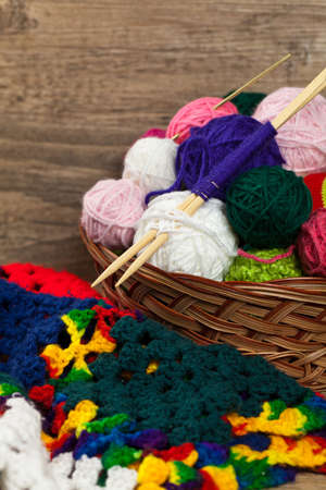 Crochet Textur Mit Quadratischen Motiven Und Eine Papierkarte Für ...