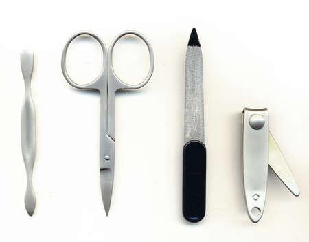 pinzas: estuche de manicura aisladas sobre fondo blanco Foto de archivo