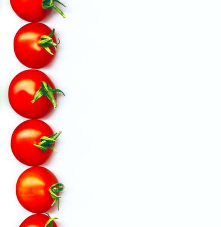 赤色有機栽培ミニトマトのライン