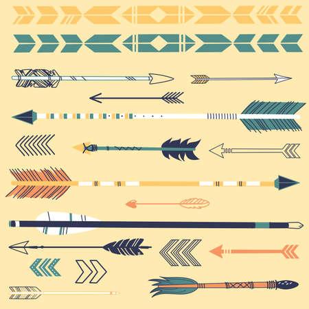 arc fleche: Un ensemble de mignons fl�ches hippie, tir� par la main doodles Illustration