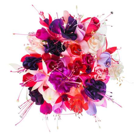 flores fucsia: ramo de flores de colores fucsia est� aislado en el fondo blanco, primer