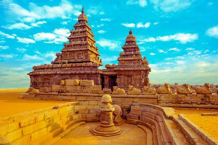 fantastisch kunstontwerp van monolithische beroemde Shore Temple in de buurt van Mahabalipuram