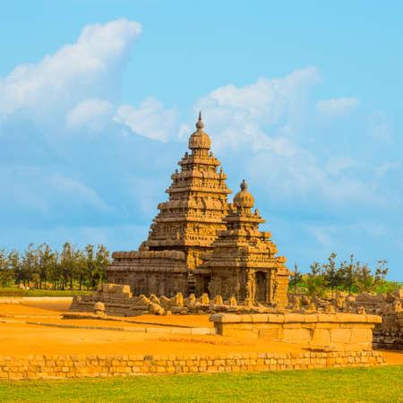 pallava: Beautiful landscape of ancient monolithic famous Shore Temple near Mahabalipuram, world heritage site in Tamil Nadu, India