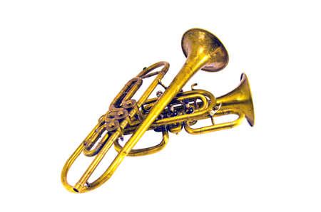 Twee vintage koperen wind muziekinstrumenten op wit wordt geïsoleerd Stockfoto - 34325650