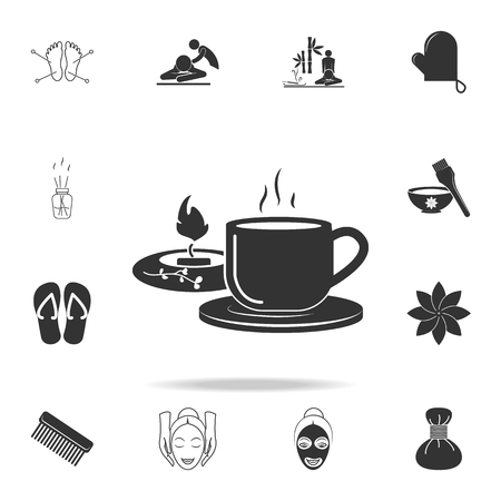 cup of tea and candle in spa icon. Detailed set of SPA icons. Premium quality graphic design. One of the collection icons for websites, web design, mobile app on white background Banque d'images - 97264803