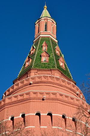 Corner Arsenalnaya Tower of Kremlin in Moscow, Russia. Editöryel