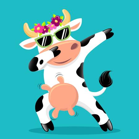 Vache tamponnant mignonne dans des lunettes de soleil