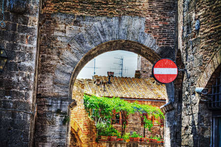 underpass: medieval underpass in San Gimignano, Italy