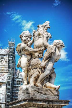 dei: Putti fountain in Piazza dei Miracoli in Pisa, Italy