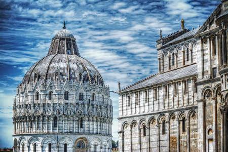piazza dei miracoli: Piazza dei Miracoli in Pisa, Italy