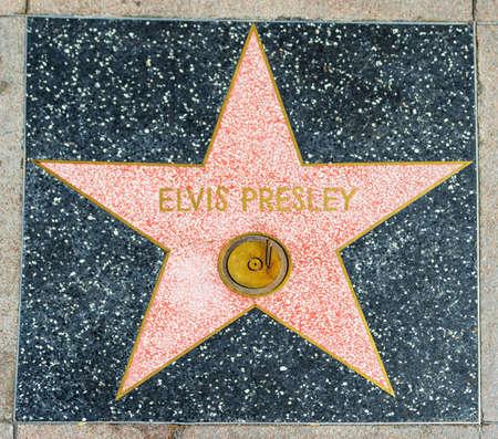 LOS ANGELES, CALIFORNIË - NOVEMBER 2, 2016: Elvis Presley-ster in Hollywood-gang van bekendheid