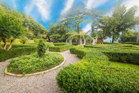 montepulciano: Fortezza Medicea garden in Montepulciano, Italy
