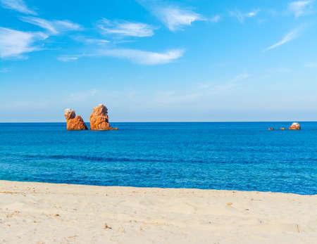 Sea Stacks in Cea, Sardinia Standard-Bild