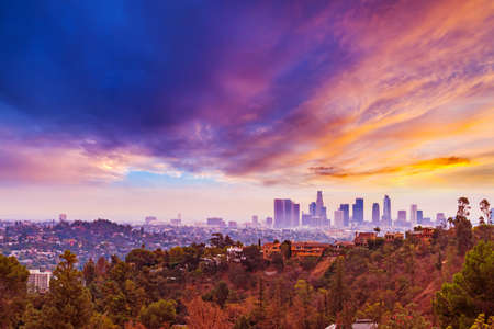 Pink sunset over Los Angeles, California 免版税图像