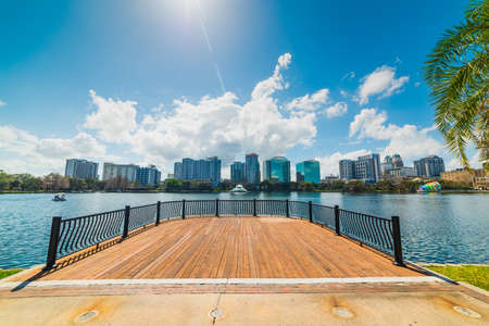 Sun shining over Lake Eola park in Orlando. Florida, USA Stockfoto