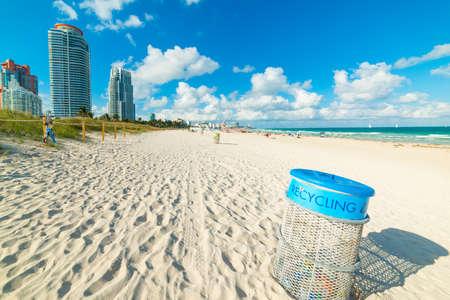 Trash can in world famous Miami Beach, USA Stok Fotoğraf