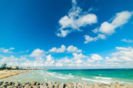 South Beach shore seen from South Pointe Pier. Miami Beach, USA 版權商用圖片