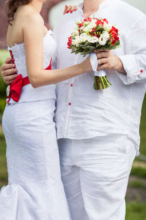 bouqet: brid ang groom holding wedding bouqet