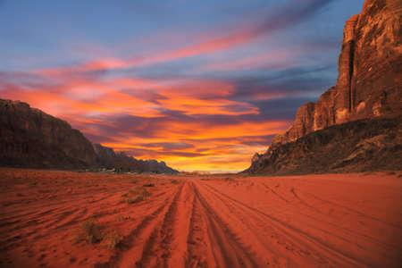 wadi: Scenic sunset in Wadi Rum desert, Jordan