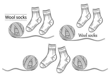 Warm wool socks with yarn ball line icons set. Hand knitted. Winter textile socks pair. Handmade knitwear. Clothes natural materials. Knitting from woolen thread. Outline label for packaging. Vector Illusztráció
