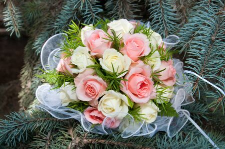 marriageable: Bridal bouquet with white and pink rose on wedding daywedding flowers