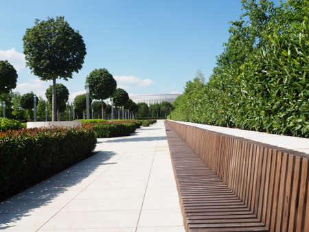 Beautiful green park with modern landscaping. 版權商用圖片