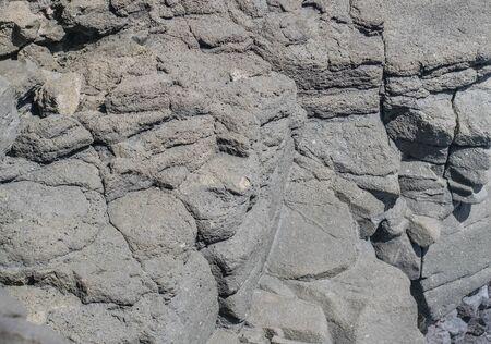 積み上げ灰色多孔性の石形成のクローズ アップ