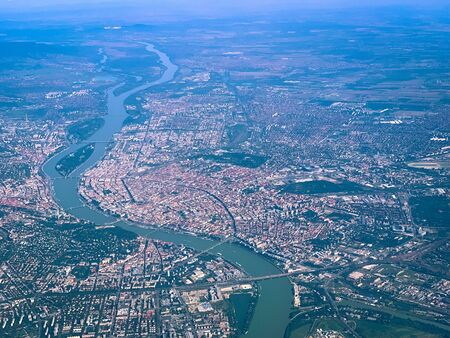 skyline of budapest and river danube in summer Imagens