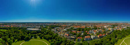 Munich from above from the view of the Englischer Garten. 写真素材 - 151548328