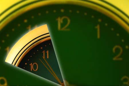 uninterrupted: segmented clock simvolise discrete and uninterrupted time  Stock Photo
