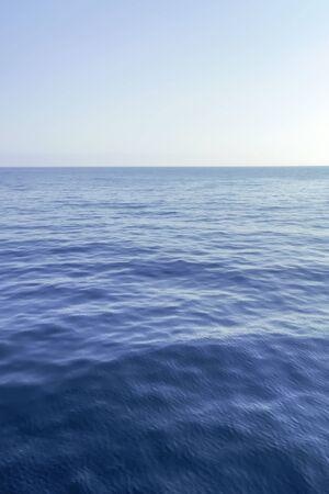 Mar azul y cielo despejado, Mar Caribe Foto de archivo