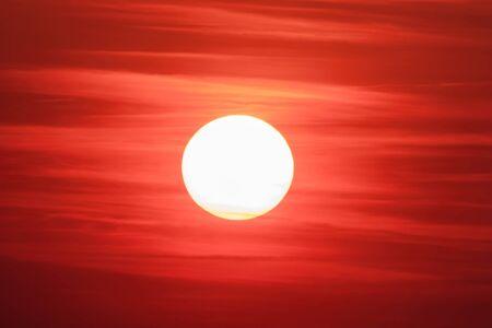 Big Sun, Sun SkyCloud at Beautiful Sunset