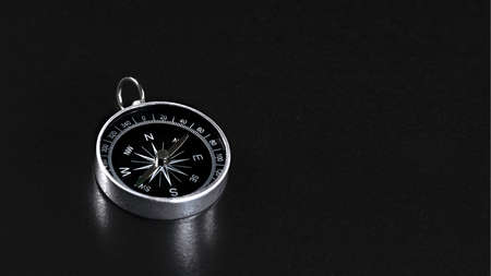 Compass On Black Background, Compass Copy Space Banque d'images