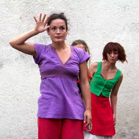 AURILLAC, FRANCE - AUGUST 24 : a dancer is saying hello as part of the Aurillac International Street Theater Festival,show by the Company D'Akipaya Danza , on august 24, 2012, in Aurillac,France.