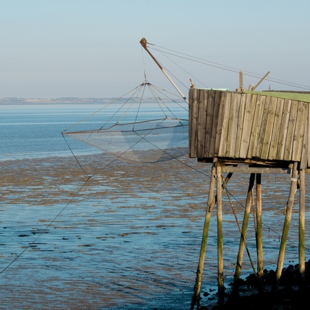 fishing cabin: Old fishing cabin and carrelet net, Medoc, France