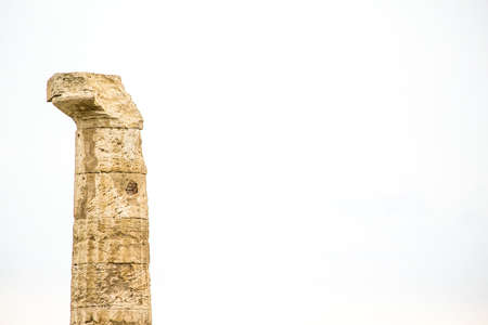 Solitaire Greek Column