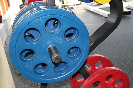 Discs of 20 kilograms in the gym. Sports 版權商用圖片