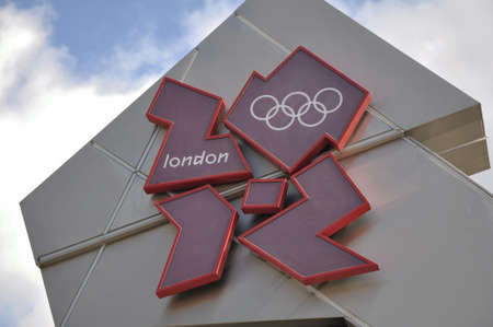 LONDON, ENGLAND - June 15: 2012 Olympics Logo in Trafalgar Square on June 15, 2012 in London, England Redakční