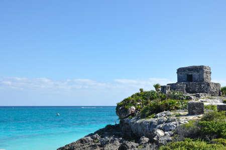 Ruines mayas de Tulum au Mexique sur la mer des Cara?bes Banque d'images - 20779779