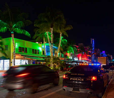 Multi-colored hotels and lights on Ocean Drive, Miami Beach, Florida Stok Fotoğraf