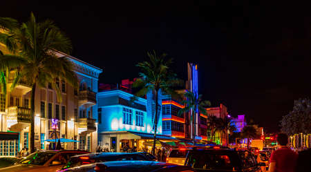Multi-colored hotels and lights on Ocean Drive, Miami Beach, Florida Editöryel