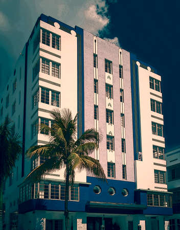 Sun-drenched hotels on Ocean Drive, in the Art Deco District, Miami Beach Editöryel