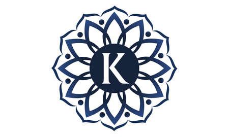 Flower Elegance Initial K logo Vettoriali