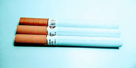 Close up on tobacco cigarettes 스톡 콘텐츠