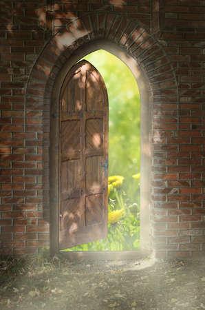 porta aperta: Porta al nuovo mondo La porta per il paradiso